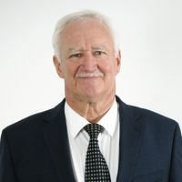 Cr Eoin Johnston
